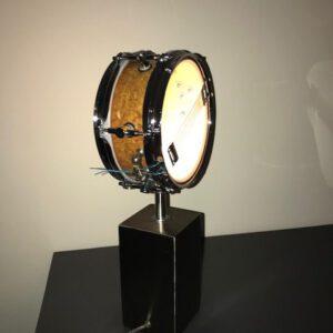 Staande piccolo snare drumlamp met stoere rvs voet