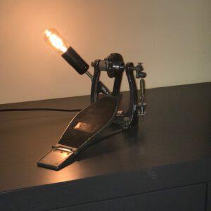 Staande pedaal lamp