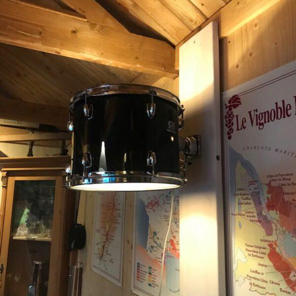 Zwarte CB drum wandlamp