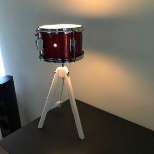 Kleine staande driepoot drumlamp